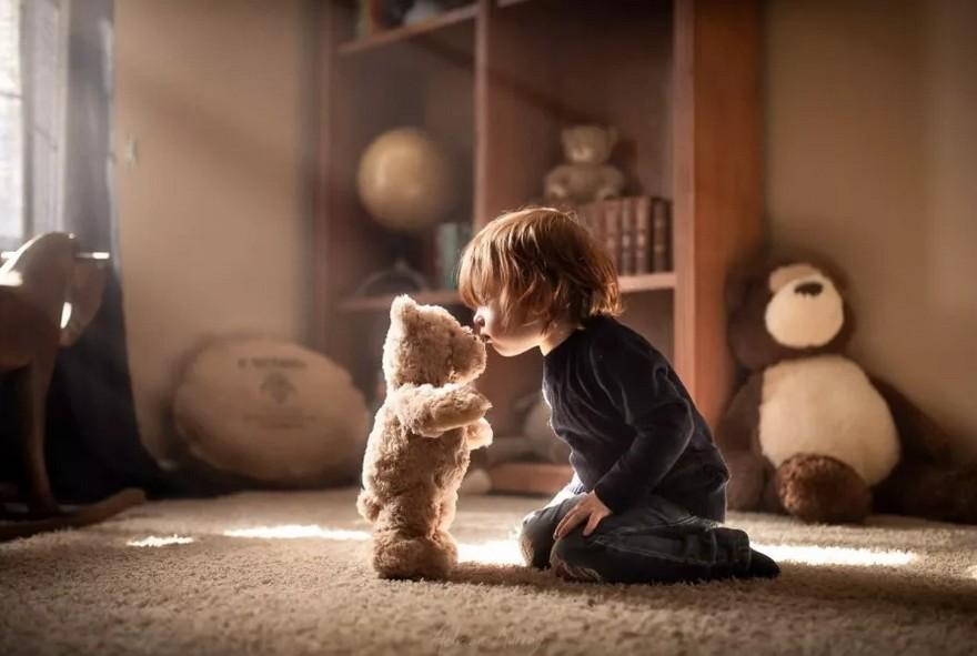 Любимая игрушка, похвала и режим: помогаем ребенку полюбить детский сад