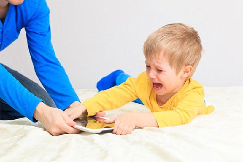 Ребенок не слушается? Возможно, причина в том, что вы неправильно составляете фразы, когда говорите ему, что нужно делать