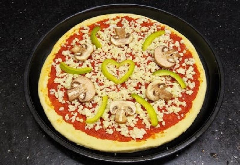 Уникальный рецепт вкусной фермерской пиццы за 40 минут: порадуйте своих близких необычным ужином
