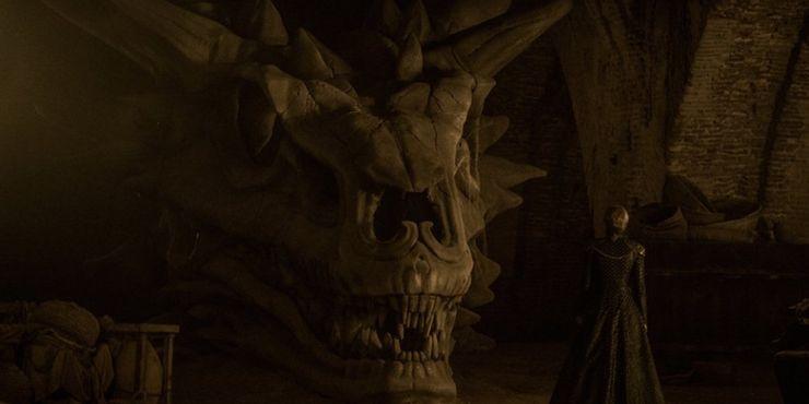 """Как Джон Сноу вернулся к жизни: главные вопросы по """"Игре престолов"""" и ответы на них"""