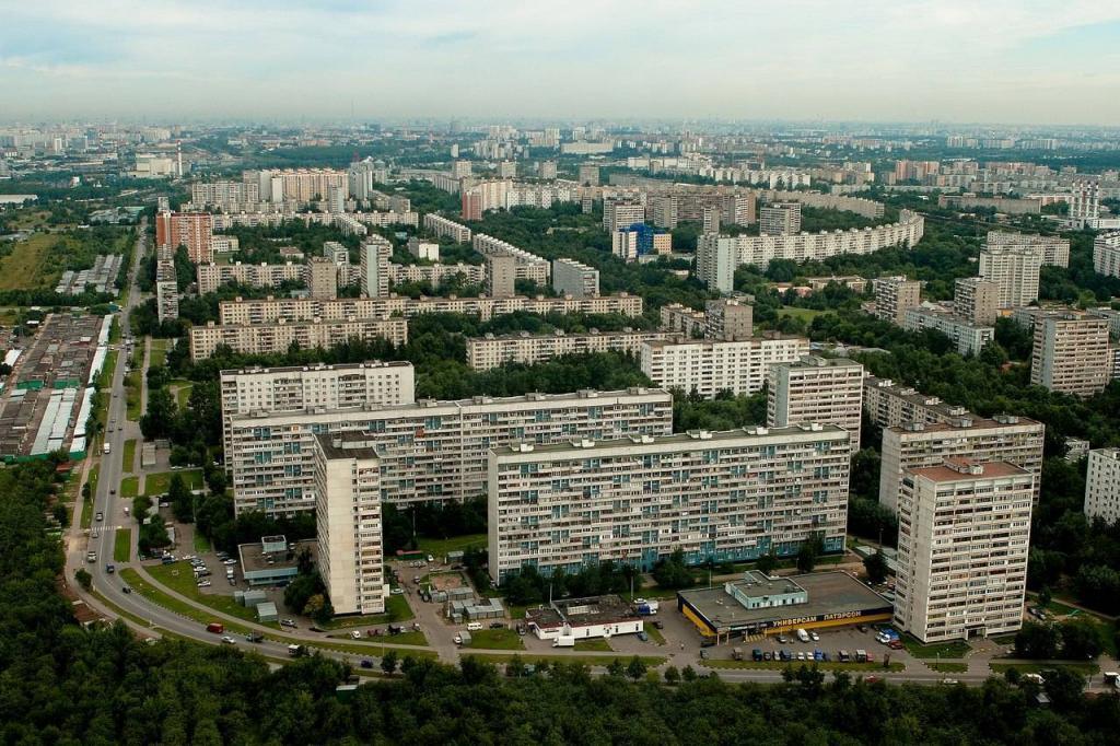 """Температура воды в реке Москвы поднялась до 50 градусов: причиной тому стало далеко не бабье лето, а, предположительно, """"Мосводосток"""""""