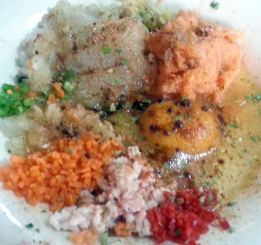 Сытные мешочки с морепродуктами: приготовить лакомство - проще простого