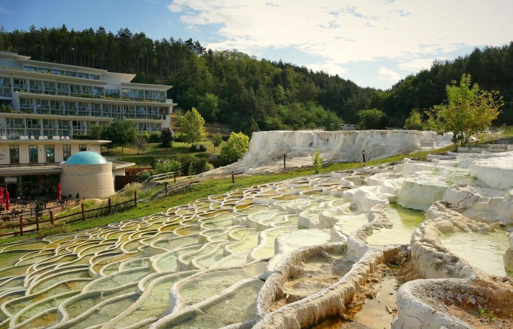 В мире всего 3 соляных кургана, и лишь один из них находится в Европе: как выглядит (фото)