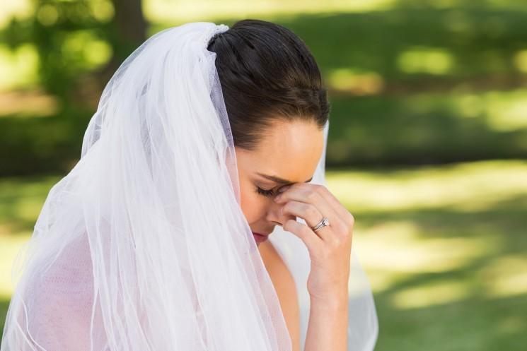 """""""Подходящее телосложение"""": гости рассмеялись шутке свекрови, но невеста, обидевшись, отменила свадьбу"""