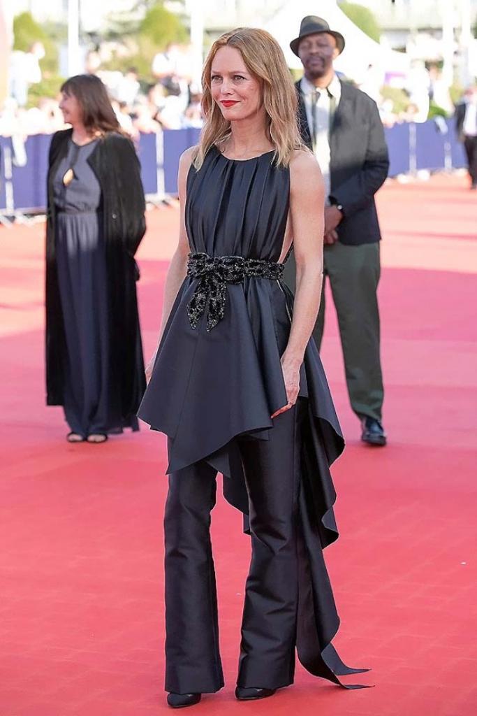 Ванесса Паради привнесла исключительный французский стиль на фестиваль американского кино в Довиле