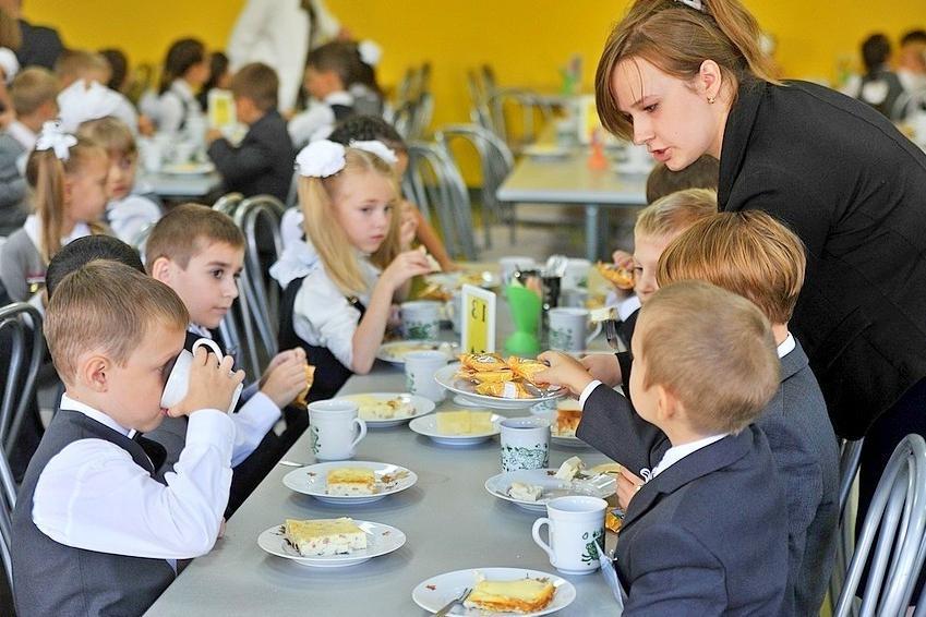"""""""Неужели я готовлю хуже?"""" Почему многие дети дома едят плохо, а в школе или садике уплетают за обе щеки"""