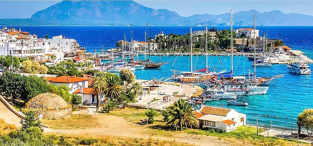 Турция - самая гостеприимная страна эпохи коронавируса, к тому же погода располагает к отдыху