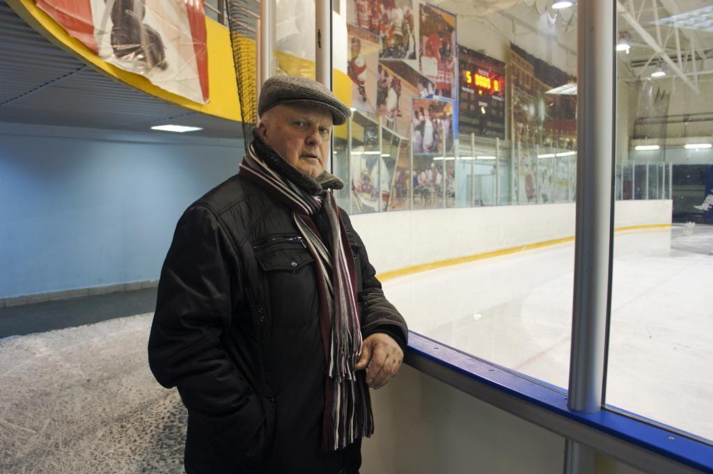 Мечтал о хоккее, а стал манекенщиком: жизнь и карьера первого в СССР мужчины-модели