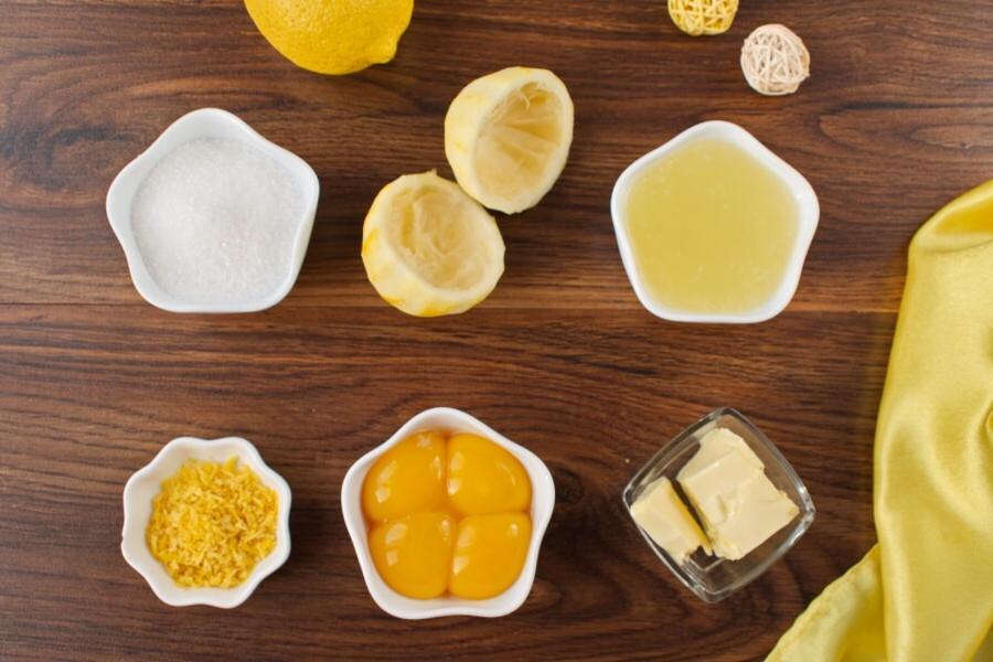 Лимон, сахар и желтки: британский рецепт лимонного курда за 20 минут