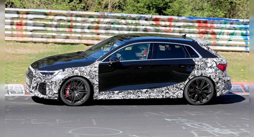 Седан Audi RS3 2021 года попал на Нюрбургринге в объективы камер: шпионские фото