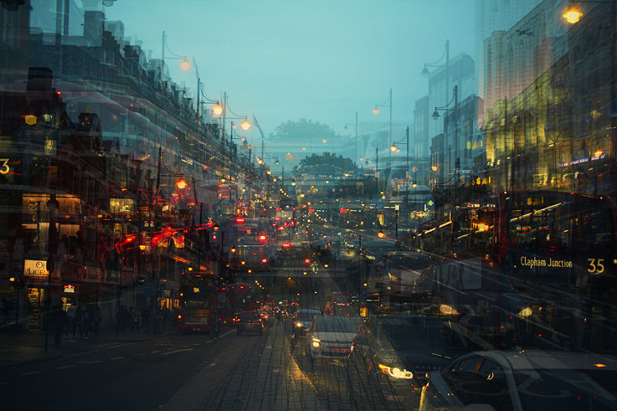 Фотограф накладывает друг на друга несколько снимков одного и того же места, создавая причудливые пейзажи городских улиц