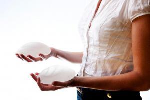Участились случаи редкого вида рака, связанного с грудными имплантами