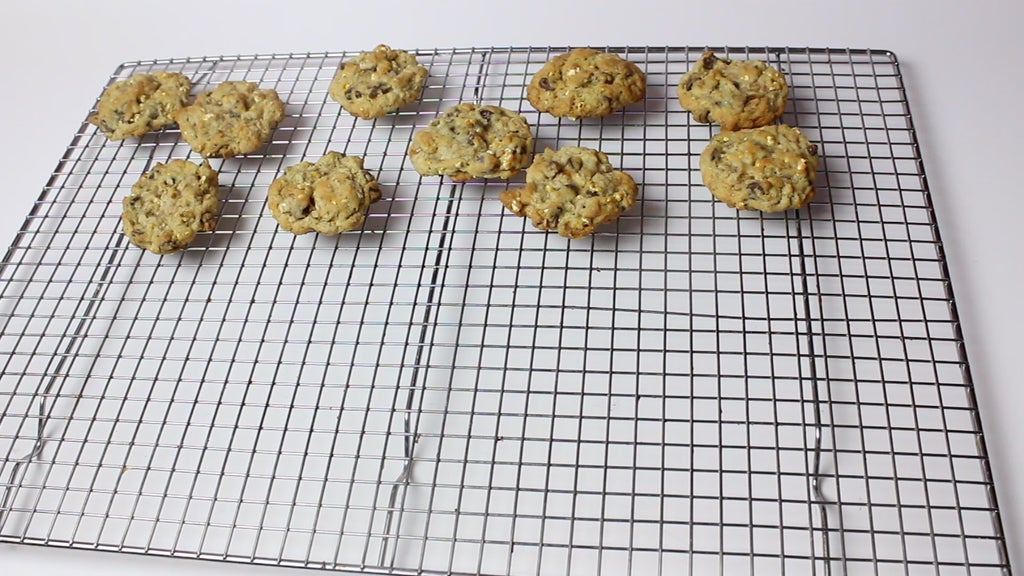 Сладкое печенье с попкорном и шоколадной стружкой: отличный вариант для тех, кому надоела банальная выпечка