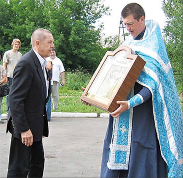 Так похож на отца: как выглядит сын Валерия Золотухина, ставший священником