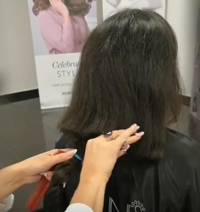 Женщина решила остричь волосы до пят: результат превзошел все ее ожидания