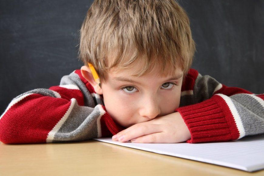 Как узнать, тревожится ли ваш ребенок? Психолог рассказала, как установить крепкую связь с малышом