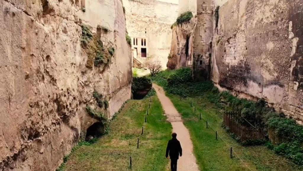 Тайный мир под французским замком: почти 1000 лет назад французские лорды спроектировали сложный подземный дом на случай судного дня