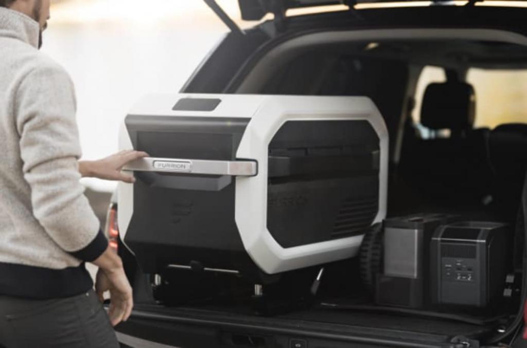 Можно отправляться в путешествие: Furrion представила уникальный электрокулер Furrion eRove