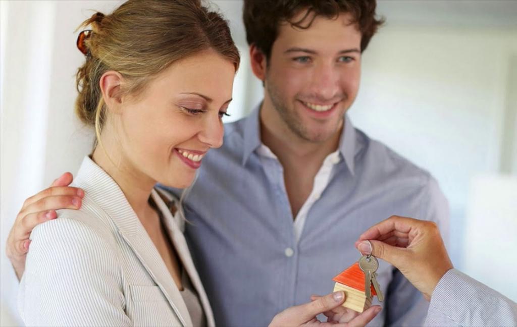 Ирина купила квартиру и дочке, и сыну. Но дарственную не оформила - у женщины было условие