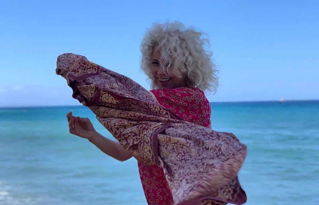 Красавица-блондинка. Как выглядит жена Максима Фадеева, которую он любит всю жизнь (новые фото)