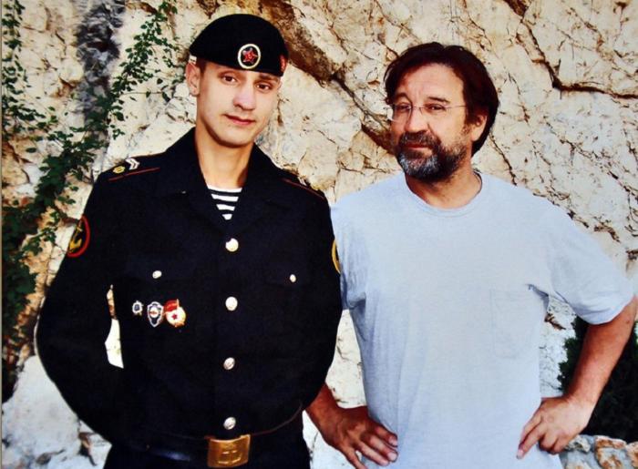"""Вылитый отец в молодости: как выглядит сын лидера """"ДДТ"""" Юрия Шевчука, которого тот воспитал в одиночку"""