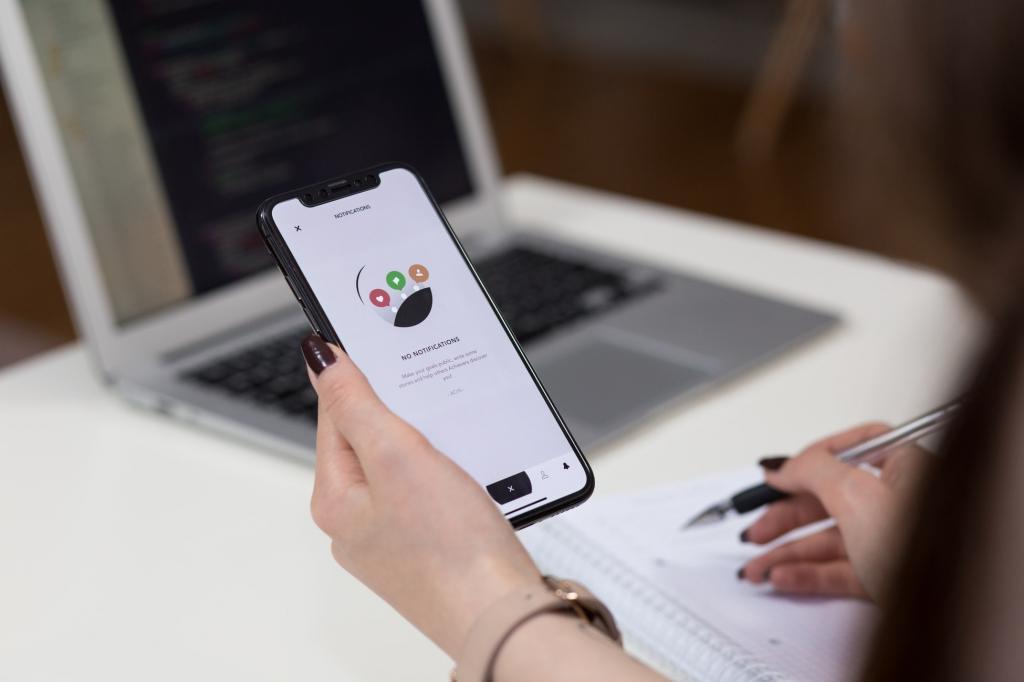 """""""Сломать так что-то - сложно, но качество работы будет хуже"""": о том, какие настройки смартфона лучше не трогать, рассказали эксперты """"Роскачества"""""""