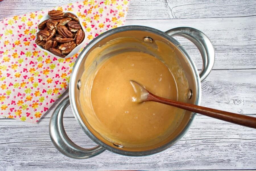 Шоколадно-карамельный пирог с орешками - вкуснее покупного: детям нравится, что он похож на черепашку