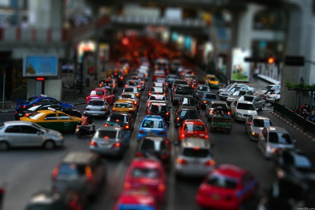 """Советы для автоледи: """"И на дорогах быть собой"""". Как научиться чувствовать """"поток"""" и габариты собственного автомобиля"""