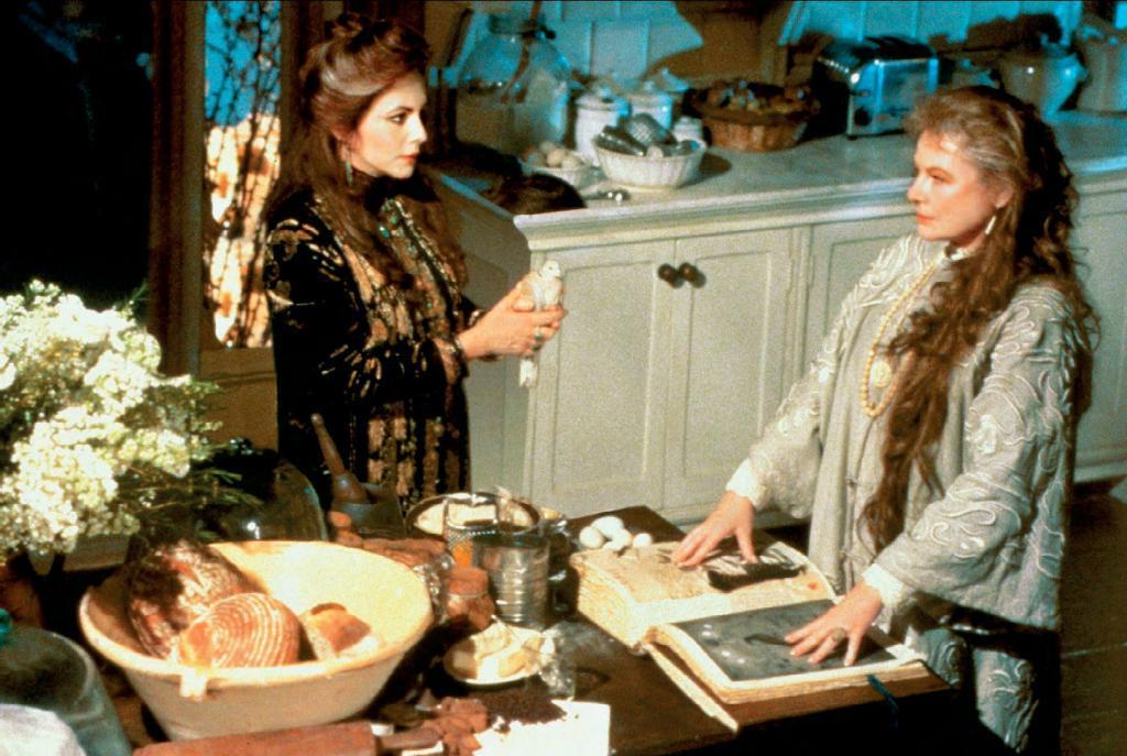 «Мне не нужен рыцарь в сияющих доспехах!»: причины, почему фильм «Практическая магия» до сих пор популярен у некоторых женщин