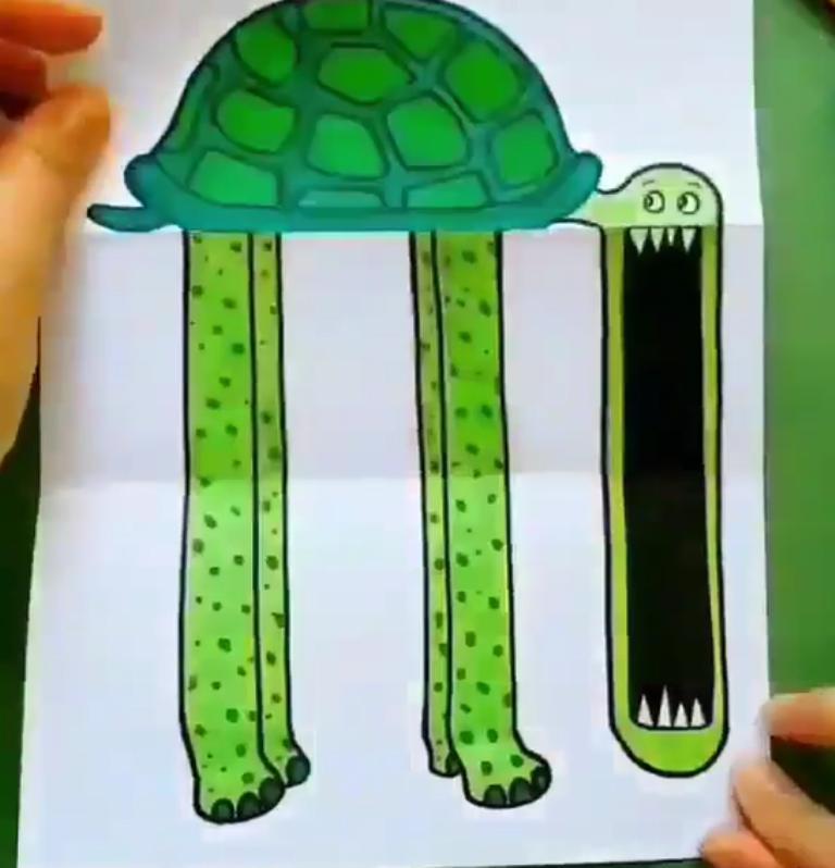 Готовимся с сыном к Хэллоуину – нарисовали открытку, да непростую: нужно открыть