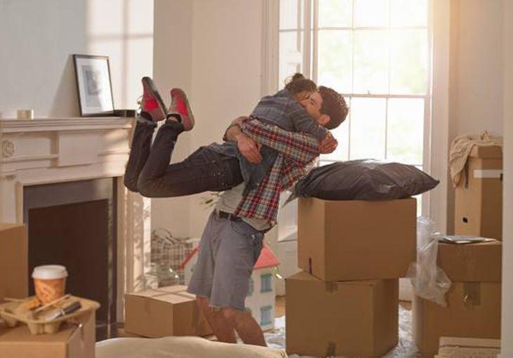 """""""Переезжай ко мне"""": верные признаки того, что влюбленным пора жить под одной крышей"""