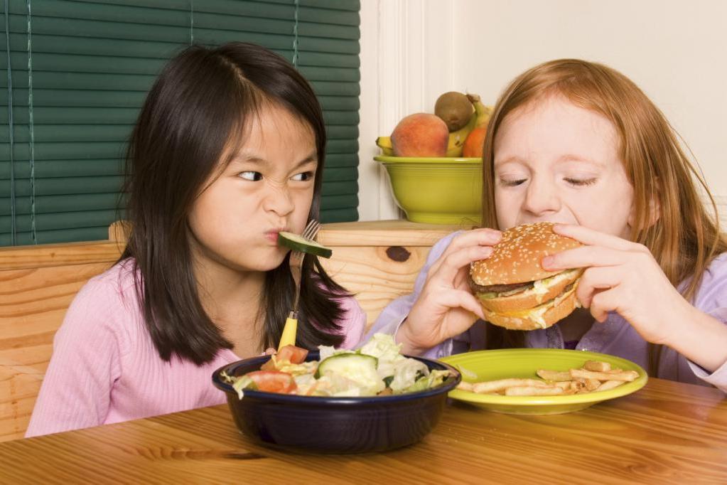 Дети редко любят полезные продукты. Но мама нашла способ, как включить их в рацион