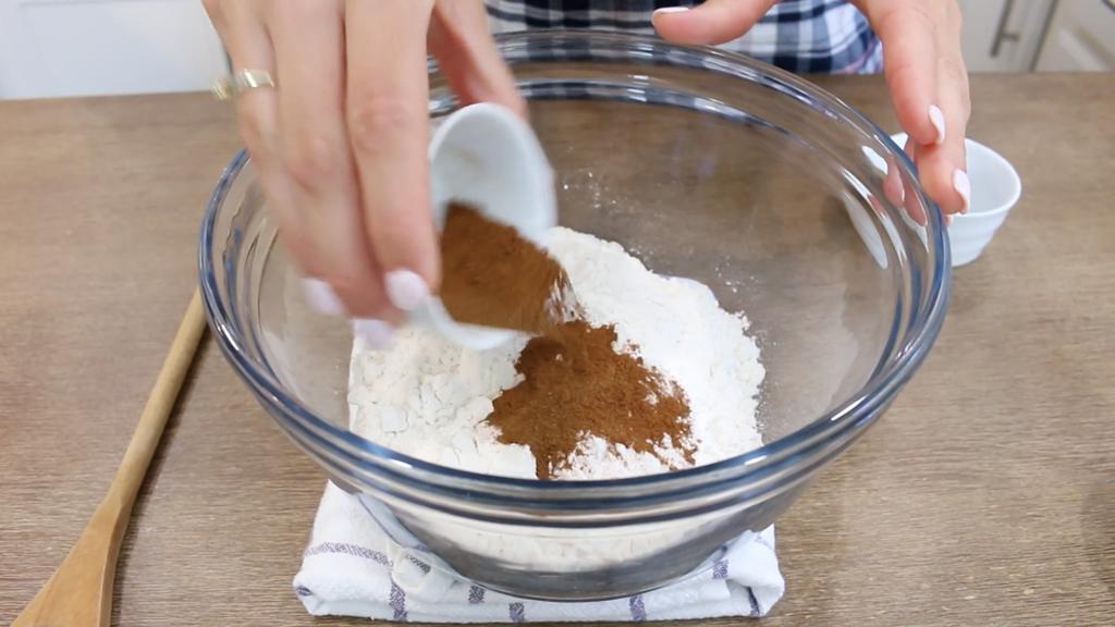 Тыквенное печенье с шоколадной крошкой: подаю его с горячим молочком – вкуснятина необыкновенная
