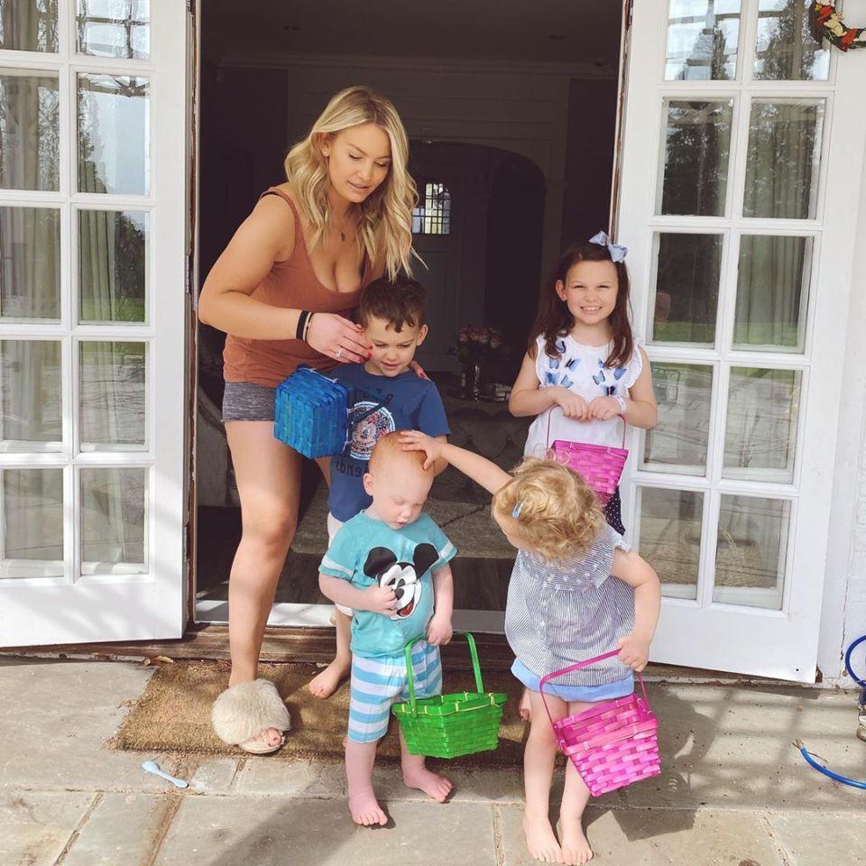 """""""Разбейте день на интервалы по полчаса"""": мама 4 детей похвасталась, что все успевает, и поделилась простыми советами по организации жизни семьи"""