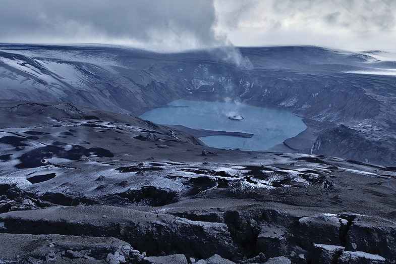 Исландия установила желтый авиакод вулкана Гримсвотн, который, вероятно, вот-вот взорвется