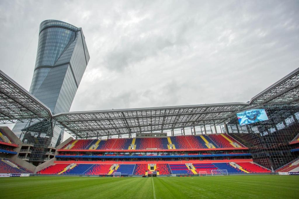 Меры сохранятся до улучшения ситуации: в Москве ограничат посещаемость стадионов до 10 % от вместимости