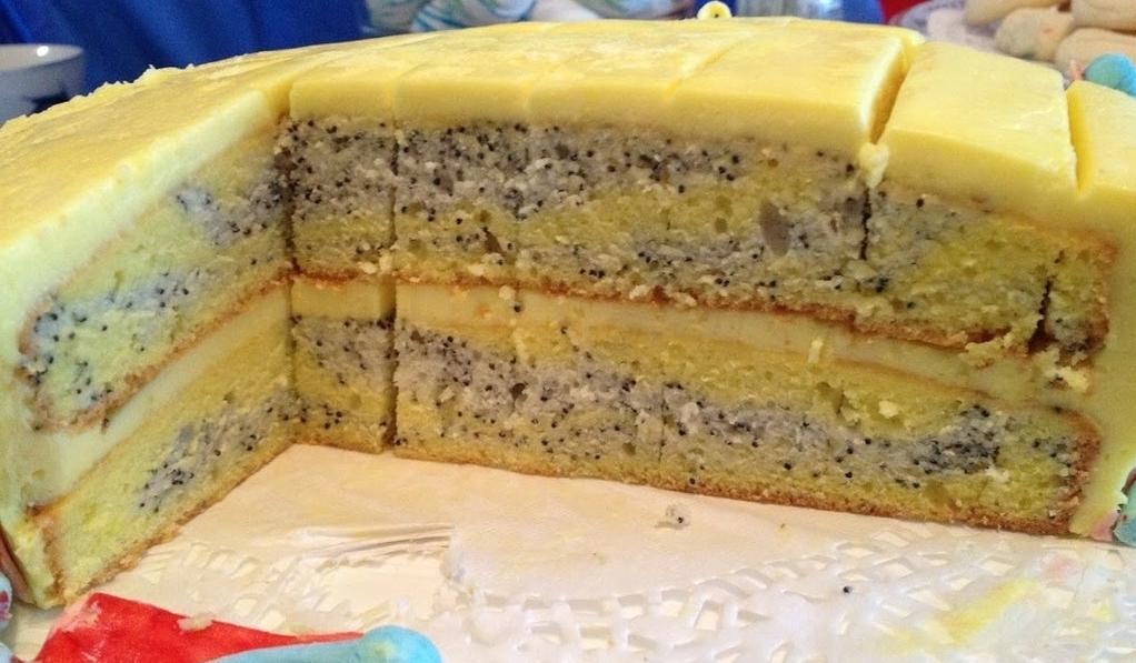Торт с лимоном и маком: клоунский десерт развеселит и накормит как взрослых, так и детей
