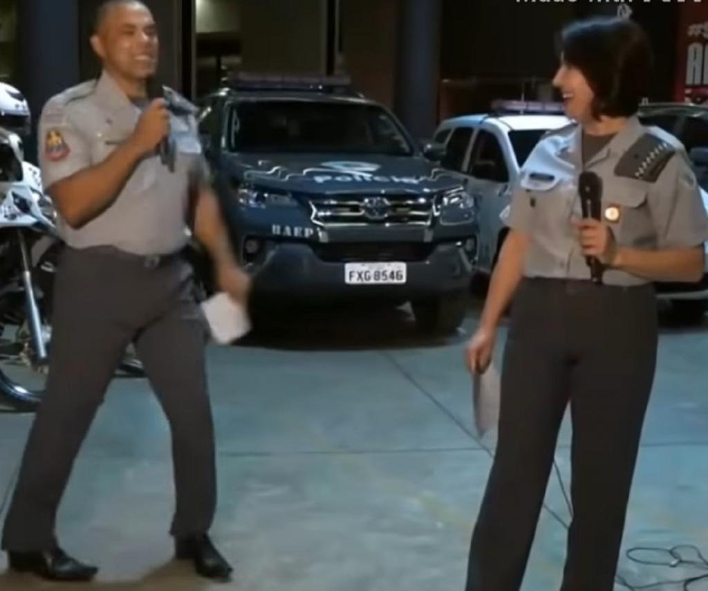 Полицейский станцевал танец, чтобы привлечь внимание к благотворительности: видео выступления стало вирусным