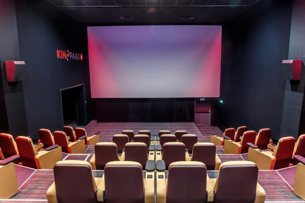 """Ковид и Голливуд: американское кино исчезает, как европейское после """"испанки""""?"""
