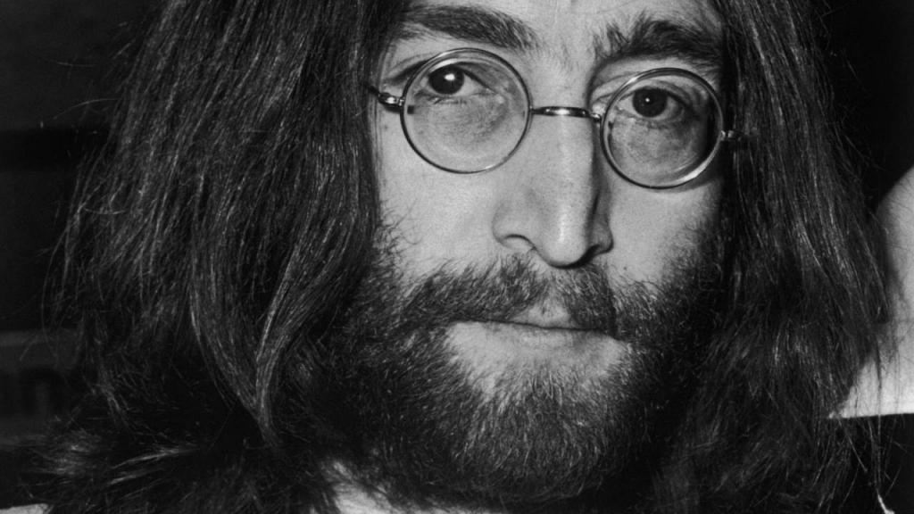 Почти весь Beatles: кто мог бы прийти к Джону Леннону на 80-летие