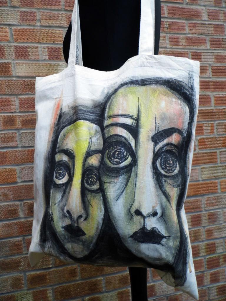 Художница-самоучка создает уникальные многоразовые сумки, чтобы люди минимизировали свои отходы: фото