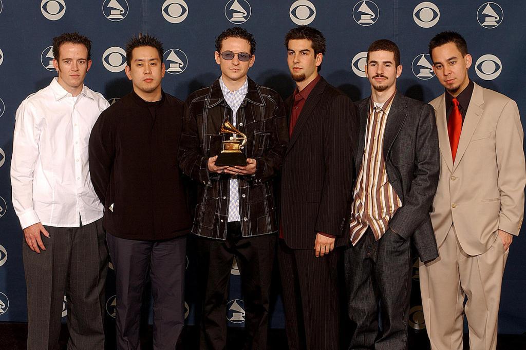 Спустя 20 лет группа Linkin Park выпустила подарочное издание Hybrid Theory: музыканты рассказали, что предшествовало принятию такого решения