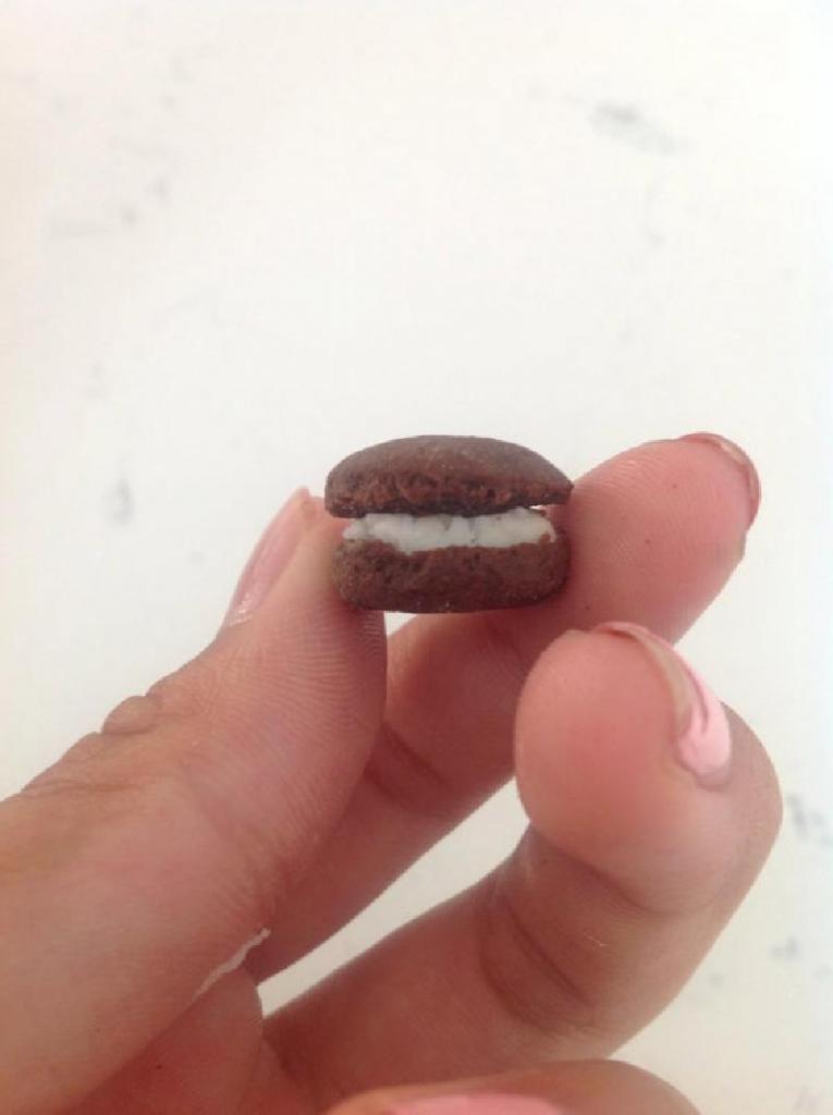 """Домашнее пирожное а-ля печенье """"Орео"""": веганское лакомство с изумительным вкусом"""