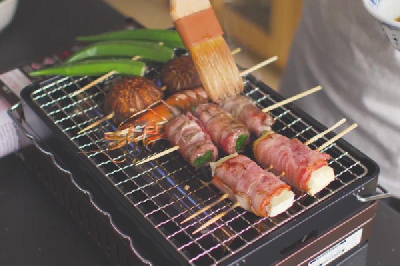 Настоящее мясное ассорти в японском стиле на барбекю или гриле: порадуйте своих гостей необычной закуской