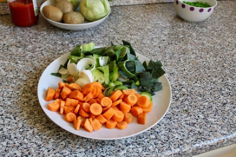 Осенний овощной суп для тех, кому надоело есть обычный борщ на первое: рецепт