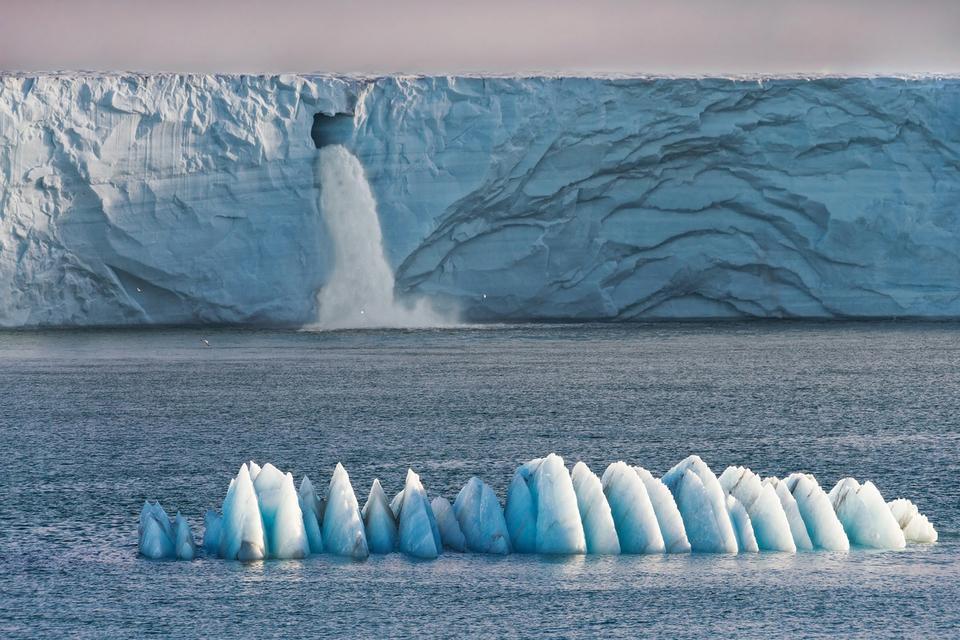 Ковида не существует, льды не тают, и вообще это одноразовая планета: популярный американский пастор пытается опровергнуть научные факты