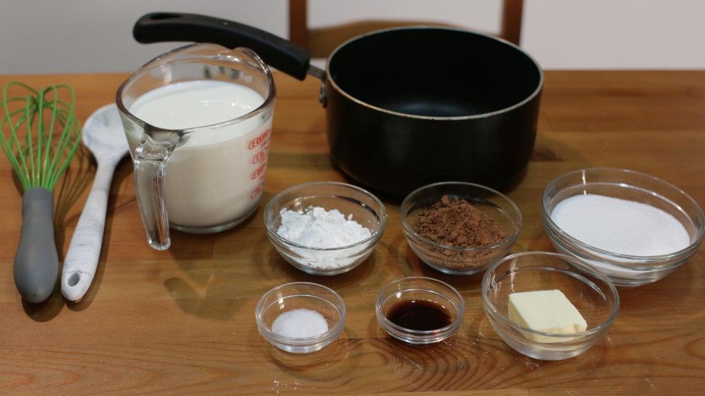 Сливочно-шоколадный пудинг из простых ингредиентов: необычный холодный десерт к утреннему кофе