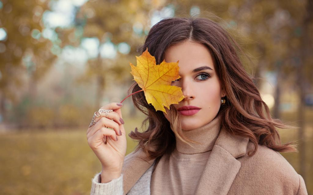 Осенний гардероб, праздники, диван: как насладиться последними теплыми деньками и найти позитив даже в дождливую погоду
