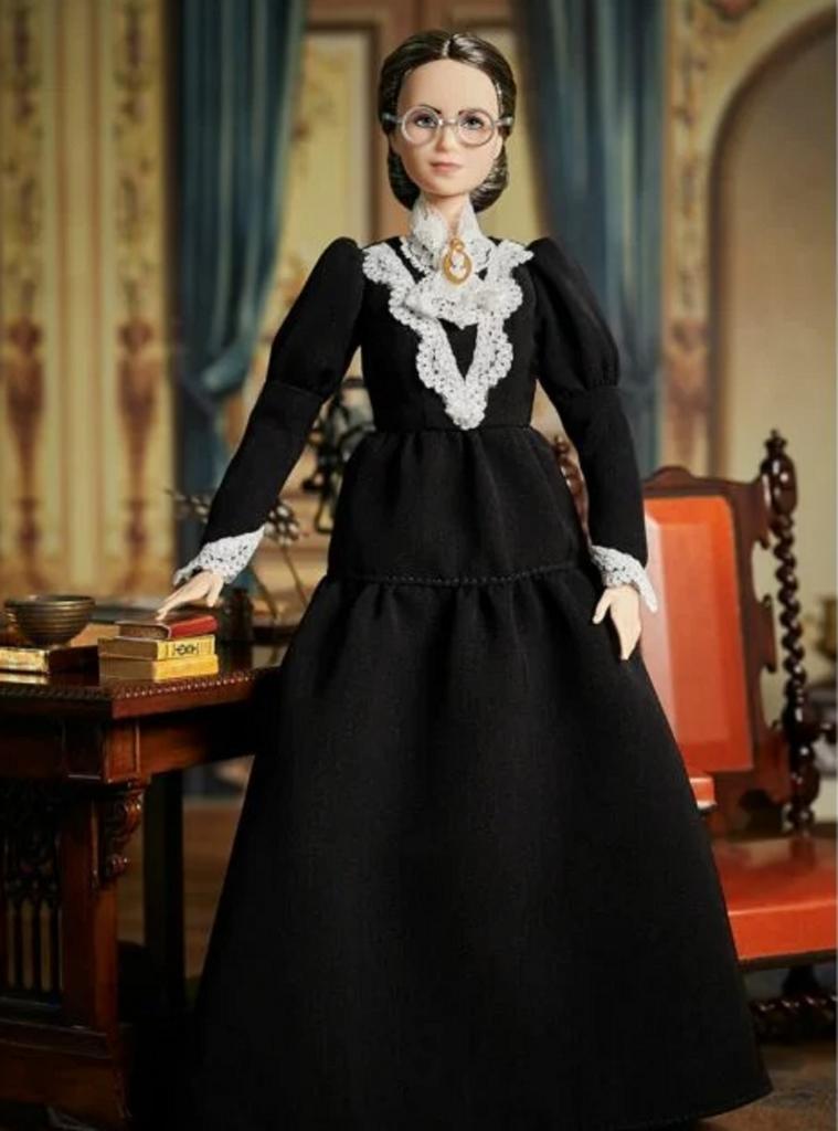 Появилась новая кукла Барби в честь 100-летия со дня, когда женщинам разрешили голосовать