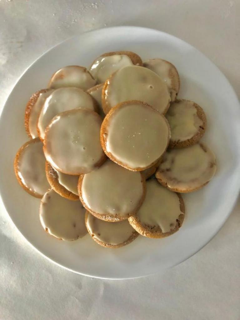 Пряное кленовое печенье за 30 минут с хрустящей корочкой и мягкой серединкой